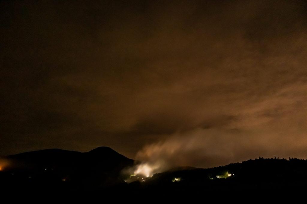 2020年8月22日、信州たてしな 白樺高原の蓼科第二牧場にて夜の風景