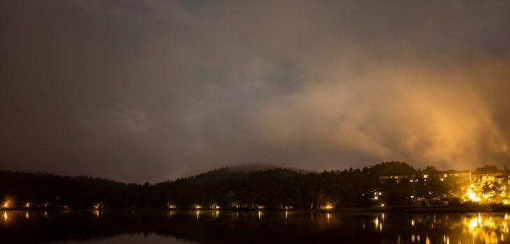 2020年8月31日、信州たてしな 白樺高原の女神湖から北方向、夜の風景