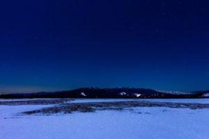 冬の美ヶ原から見た星空