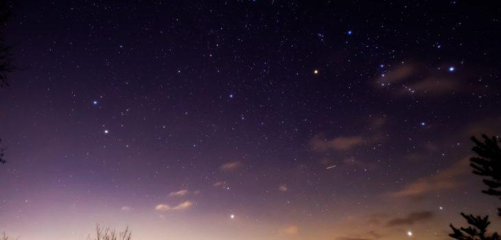 2021年1月17日、信州たてしな 白樺高原の三望台から、夜の星空風景。