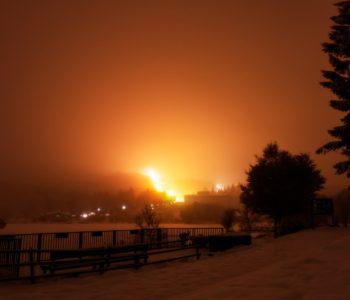 2021年1月23日、信州たてしな 白樺高原の白樺湖畔から、夜の風景